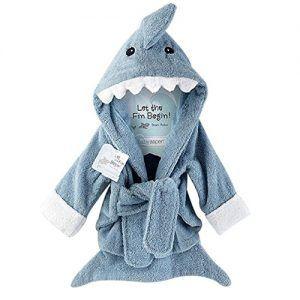 Albornoz de bebé con forma de tiburón